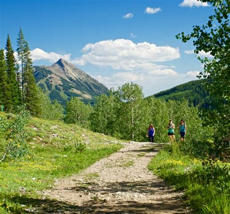 Top 6 Easy Crested Butte Hiking Trails Close to Town