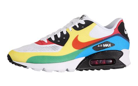 Archive | Nike Air Max 90 Hyperfuse (What The Max