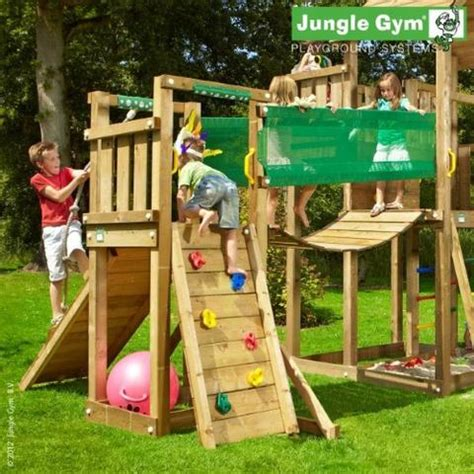 We deliver Jungle Gym to the following areas; england